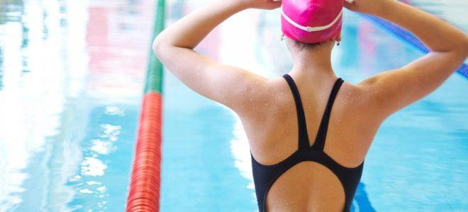 Как правильно плавать в бассейне при грыже позвоночника